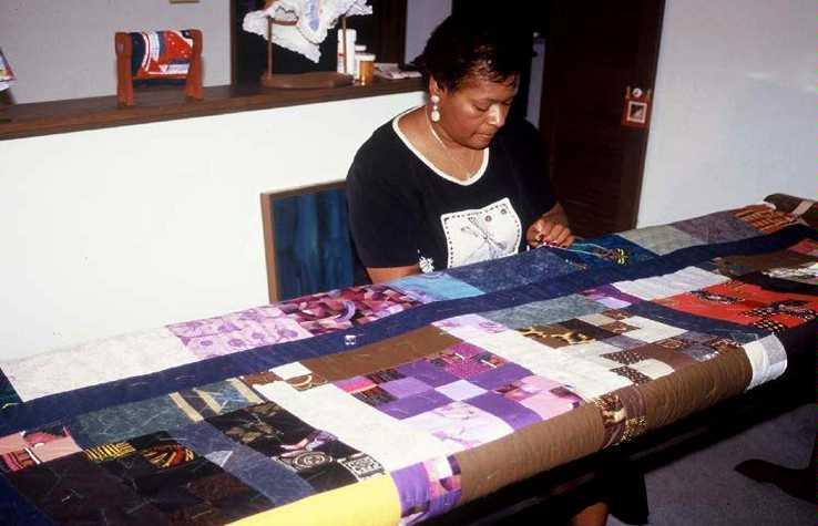Quilting Links U.S. and Africa :: IRAAA : making a picture quilt - Adamdwight.com