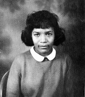 Photo of Samella Sanders (now Lewis) when she was a student at Hampton Institute. Hampton University Museum and Archives.