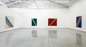 Installation view, Sam Gilliam: Hard-Edge Paintings 1963-1966. Courtesy of Kordansky Gallery