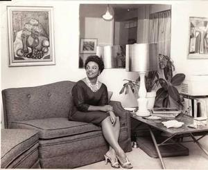Faith Ringgold in Bronx apartment, 1960. Faith Ringgold collection.
