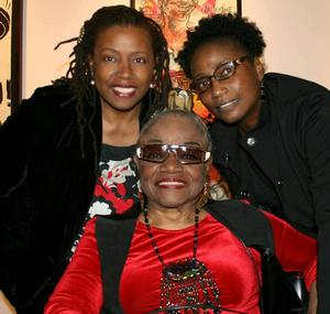 Faith Ringgold, Barbara Wallace and Michele Wallace at Aminah Robinson's opening, ACA Galleries, 2010