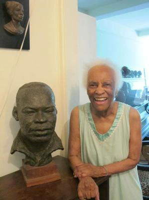 Inge Hardison at 99 with her bust of Martin Luther King. Photo: Rachel J. Bernstein