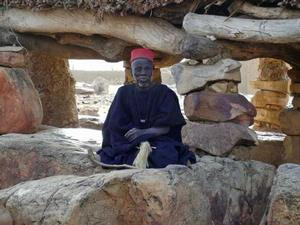 Dogon hogon (wiseman). Photo: Senani P/Wikipedia Commons