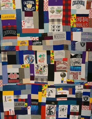 Crossroads Quilters  Port Gibson, Mississippi  The Ennis Quilt  1997 Collection of Camille O. and William H. Cosby Jr.