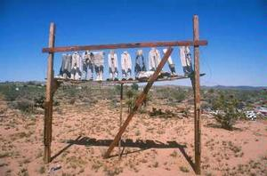 Noah Purifoy, From the Point of View of the Little People, 1994, Noah Purifoy Foundation, Joshua Tree © Noah Purifoy Foundation