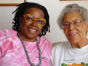 Ringgold's daughter Barbara Wallace with 2006 honoree Elizabeth Catlett