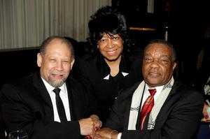 Washington DC dentist and art collector Dianne Whitfield-Locke (center), a long-time, staunch supporter of the colloquium. She is shown here at the 2015 gala with Curlee Holton (left) and David Driskell. Photo: John Body